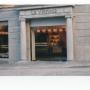 Façana de la nova botiga de Girona al 1999.